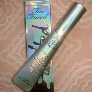 Too faced lip stick